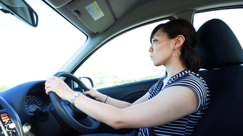 Women drive image (general-purpose, high-speed road) ライブ動画