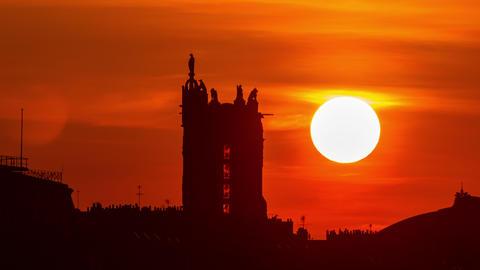 Sunrise Paris France Live Action