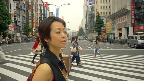 Japanese Woman Crosswalk Tokyo Japan Filmmaterial