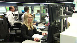 FEMALE TRADER STOCK BROKER INVESTING IN STOCK EXCHANGE Footage