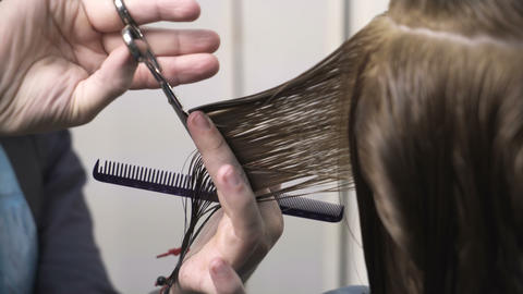 Hairdresser dying female hair Live Action