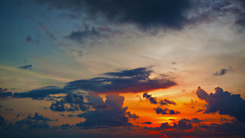Dramatic Sunset in Timelapse with Rapidly Shifting Colors Footage
