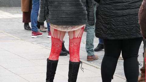 Sex Worker On The Street waiting for customer Acción en vivo