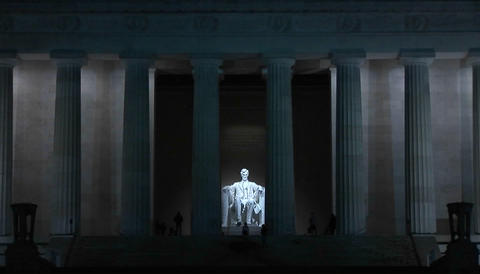 The Lincoln Memorial at night Stock Video Footage