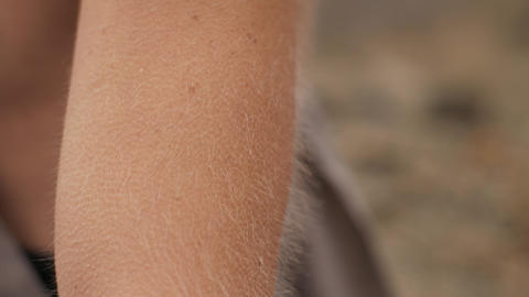 Hair stood on end and goosebumps Live Action