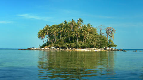 Tiny Tropical Island Paradise at Low Tide Footage