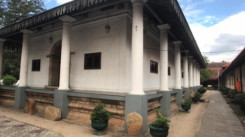 Kandy, Sri Lanka, a corner structure on the temple grounds Live Action