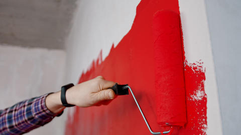 Apartment renovation - covering wall in red color Live Action