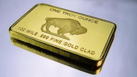 One troy ounce fine gold bar buffalo USA America wealth fine gold clad Live Action