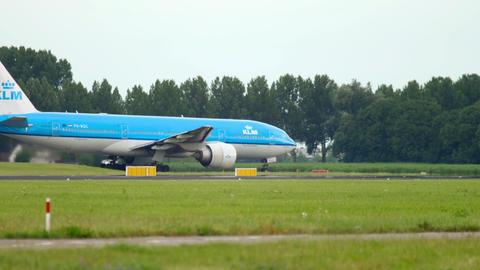 KLM Boeing 777 taxiing before departure GIF