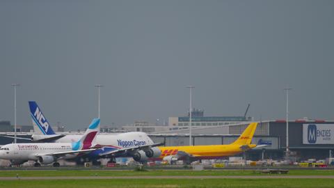 Airfreight Boeing 747 departure GIF