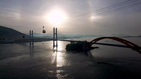 Aerial View of Sacheon Cable Car at Sunrise, Sacheon, Gyeongnam, South Korea Acción en vivo