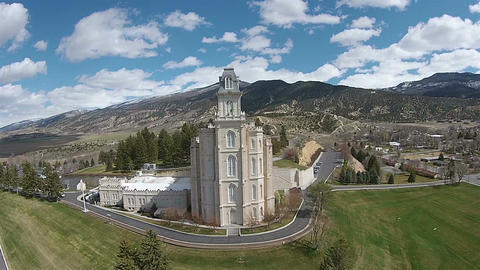 Aerial Manti Utah Mormon Temple front HD 0030 ビデオ