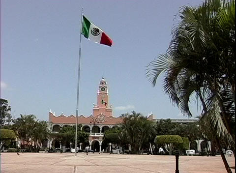 The red, white and green flag of Mexico waves in the... Stock Video Footage