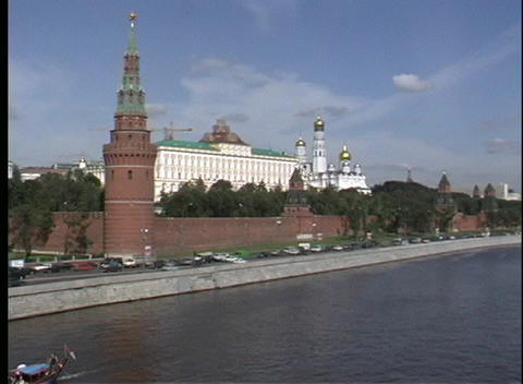 Pan-left across the Moscow River to the Kremlin in Russia Stock Video Footage