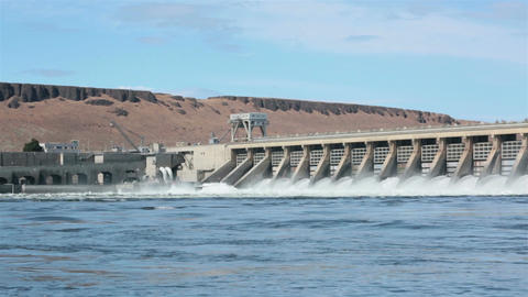 McNary Dam Columbia River pan across water HD 7992 Live Action
