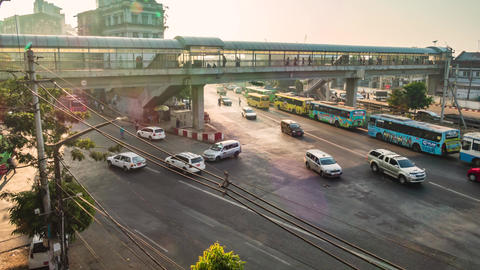 YANGON, MYANMAR - JANUARY 26: Time lapse of traffic in downtown Yangon in afternoon Live影片