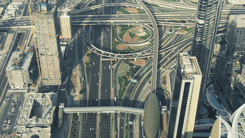 A busy city road interchange in Dubai Downtown, aerial view. United Arab Live影片