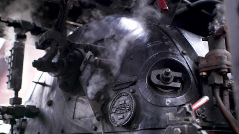 Steam engine in process Live Action