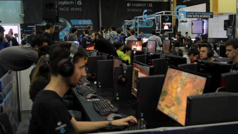 Gaming Tournament At Convention, Kids Playing Video Games, Comicon, Online Games Live Action