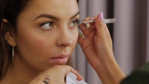 Eyelash extension procedure Live Action
