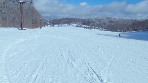 スキー場のゲレンデと樹氷 ライブ動画