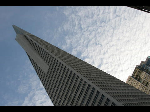 Time-lapse of clouds passing above the TransAmerica Pyramid in downtown San Francisco Footage