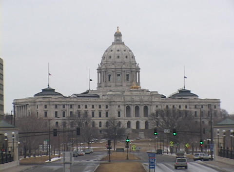 A look at the Minnesota State Capitol Building on a... Stock Video Footage