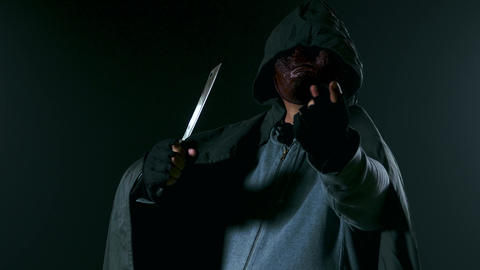 Summoning and walk past cam Killer in monster mask and cloak hoodie- Live Action