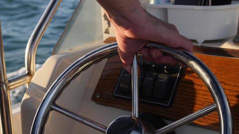 Motorboat steering wheel Live Action