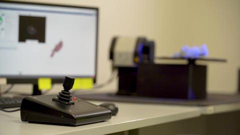 3D scanner driver, to scan a product using a laser Acción en vivo