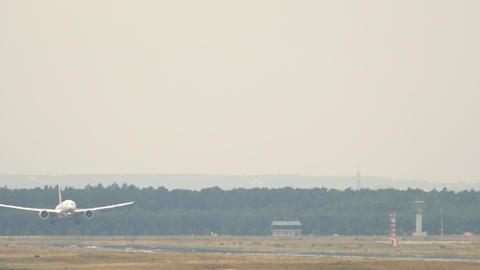 Airplane landing at Frankfurt airport Live Action