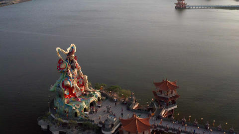aerial view of xuantian god buddha in lotus pond. kaohsiung. Taiwan Live影片