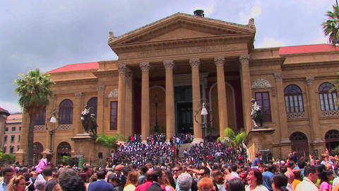 A sea of people outside a Roman Catholic Cathedral in... Stock Video Footage