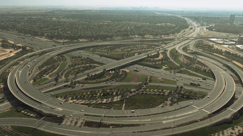 Aerial view of the big green highway interchange near the Arabian Ranches area Live影片