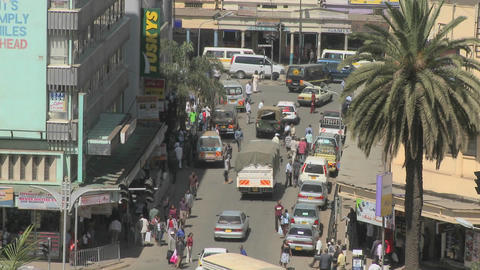 Crowds and traffic on the streets of Nairobi, Kenya Footage