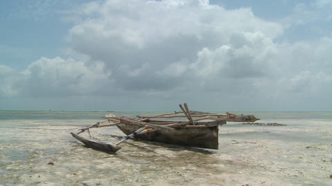 A romantic tropical island paradise shot with an... Stock Video Footage