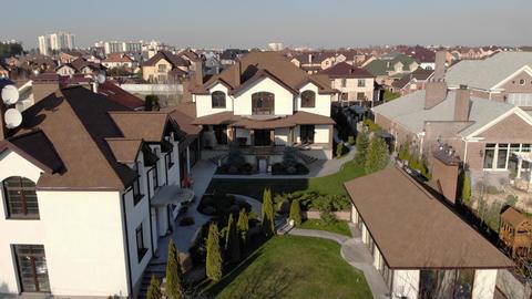 Rich Estate Houses Live Action