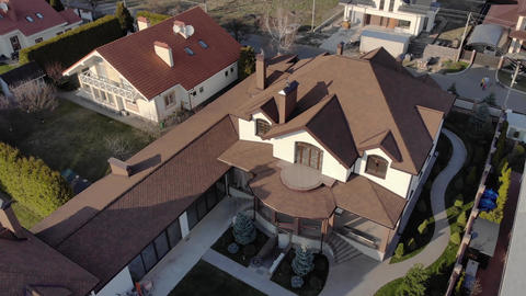 Rich Estate Aerial Live Action