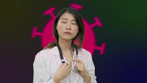 Corona Asian female doctor thinking over having aha moment on Green Screen Copy 01 Live影片