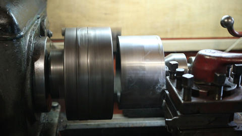 Operator turning part by manual lathe machine Footage
