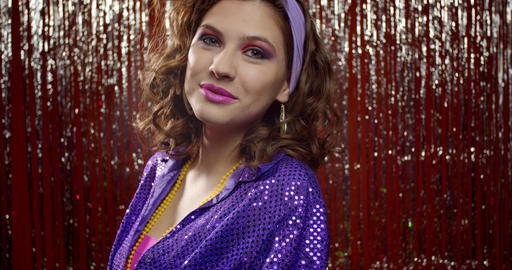 Posing cute woman from the 80s at the party, retro clothes and makeup, 4k Live Action