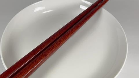 Wooden chopsticks030 ライブ動画