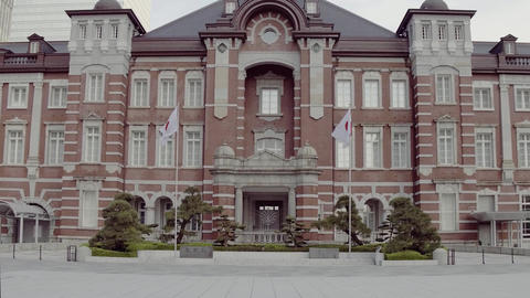Tokyo, Japan: Appearance of Tokyo Station ライブ動画