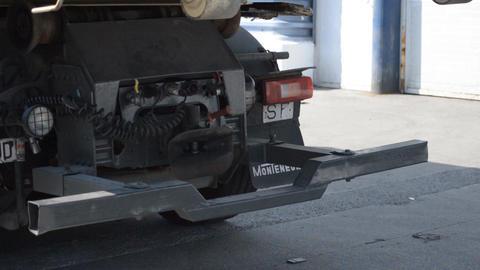 Truck Trailer Attatchment Spot Footage