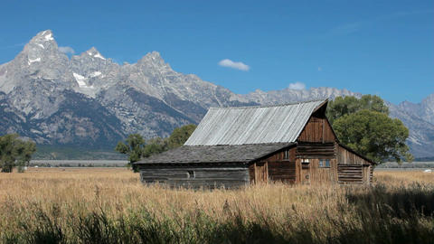 Barn Tetons traffic P HD 3227 Footage