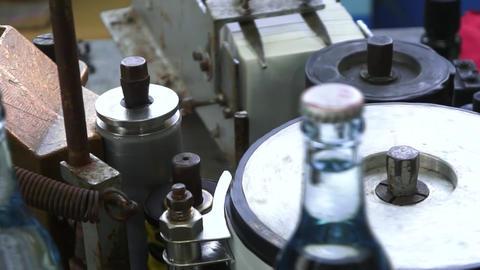 昔ながらの町工場のサイダー製造ライン ライブ動画