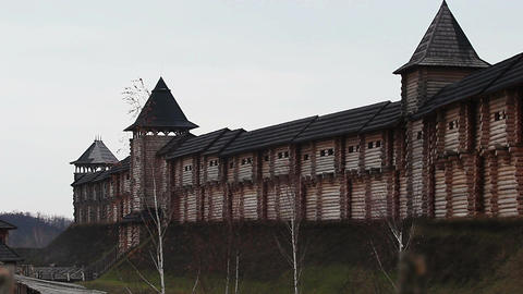View on the wooden medieval architecture, ancient fortress with watchtowers ビデオ