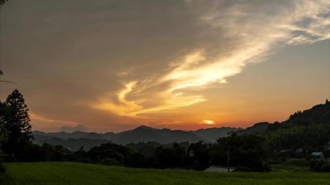 Timelapse of sunset and the Moon Acción en vivo
