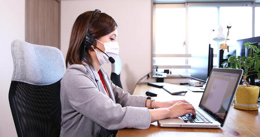 Workplace Office worker OL Remote work Business meeting Office personal computer Female Male mask Live Action